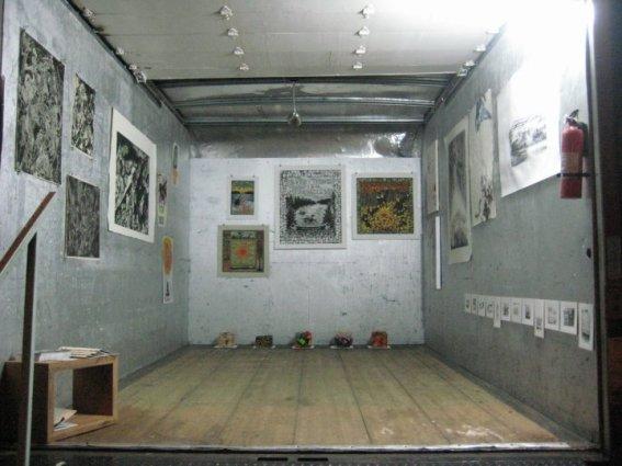 Installation view of La corporación Artist Studios truck in Santurce es Ley 1; participating artists: Grimaldi Báez, Patrick, Rogelio Báez, Andrés Pagán and Omar Velázquez.
